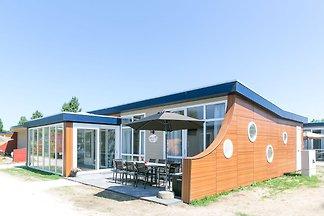 Ferienhaus mit Wintergarten in 200m Entfernun...