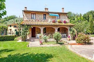 Sun-kissed Apartment in Alberi- Montaione wit...