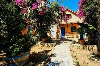 Ruhiges Ferienhaus in Palaiochora in der Nähe...