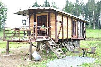 Gemütliches Wohnmobil mit Terrasse in...