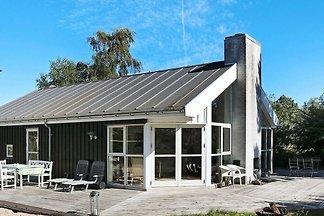 Hübsches Ferienhaus in Hadsund mit Terrasse