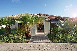Moderna casa vacanze a Curaçao con piscina