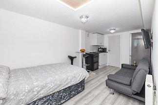 Appartamento semplicistico a Croydon vicino a...