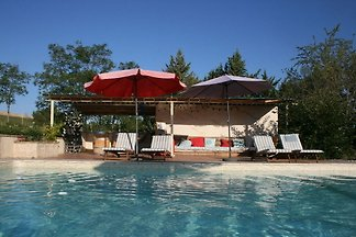 Tolles Cottage mit Swimmingpool in Fayssac,...