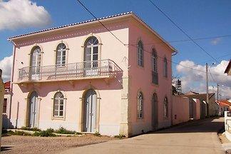Villa aus 19. Jh. mit Terrasse u.