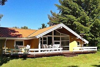 Spektakuläres Ferienhaus in Farsø mit überdac...