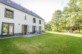 Luxus-Ferienhaus mit 4 Badezimmern, 4 km von ...