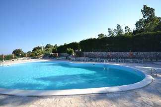 Boutique-Ferienhaus in   Mattinata mit Pool