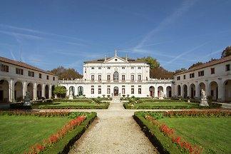 Burg/Schloss Ferienanlagen und Clubs Padova