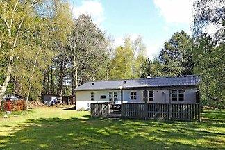 Ursprüngliches Ferienhaus in Rødby mit Sauna