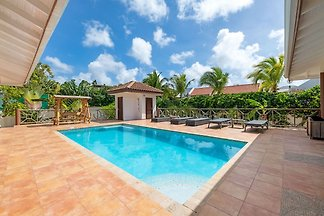 Villa pittoresca con piscina a Jan Thiel