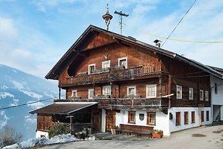 Großzügiger Bauernhof in Aschau im Zillertal ...