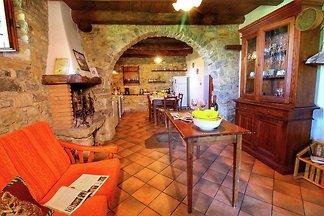 Großzügiges Farmhaus in Ortignano, Italien mi...