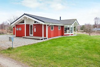 Gemütliches Ferienhaus in Asnæs in Waldnähe