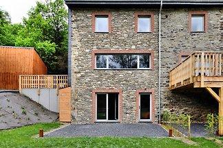 Wunderschönes Ferienhaus in Redu mit Terrasse