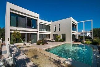 Luxuriöse Villa in Tavira mit beheiztem Pool