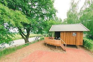 Charmantes Ferienhaus mit Terrasse am Fluss D...