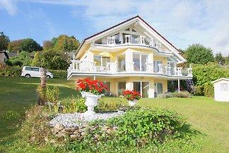 Lujoso apartamento en Bringhausen con terraza...