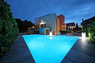 Prachtige villa met privézwembad, omheinde tu...