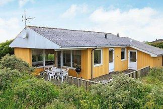 Luxuriöses Ferienhaus in Hjørring mit Sauna.