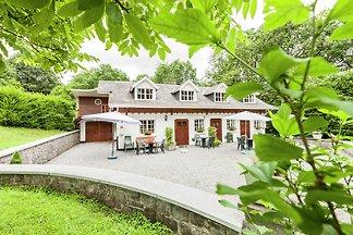 Modernes Ferienhaus in Bohon am See