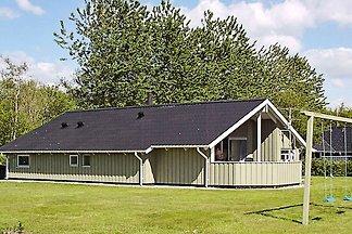 Geräumiges Ferienhaus in Hemmet mit Sauna