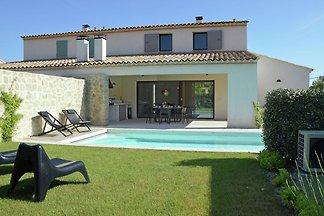 Moderne Villa in Malaucène Frankreich mit eig...