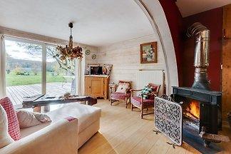 Elegante Wohnung in der Nähe des Waldes in...