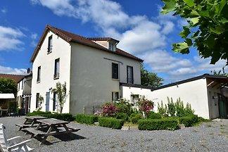 Schönes Ferienhaus mit Garten in...