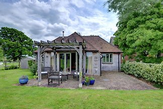 Boutique Holiday Home in Beckley with Serene...