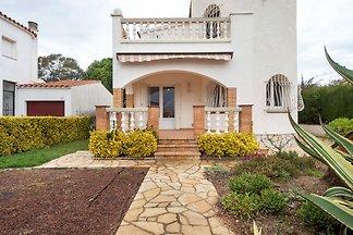 Ruhiges Ferienhaus in Sant Pere Pescador mit...