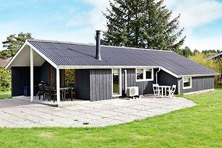 Charmantes Ferienhaus in Rødby in Meeresnähe