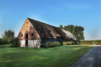 Großzügiger Bauernhof mit eigener Terrasse in...