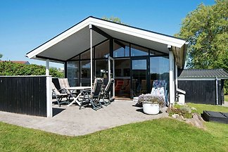 Gemütliches Ferienhaus in Broager mit...