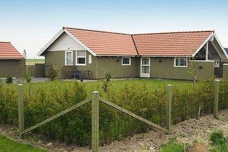 Modernes Ferienhaus in Rodby nahe dem Meer