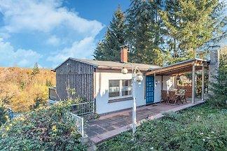 Luxuriöses Ferienhaus mit eigenem Garten in...
