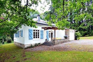 Ferienhaus in Monceau-en-Ardenne mit eingezäu...