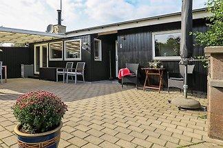 Gemütliches Ferienhaus in Strandnähe in Sæby