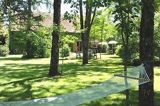 Charmantes Ferienhaus mit eigenem Garten in C...
