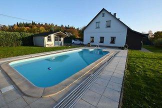 Indywidualny, dom palyer z przykryciem basenu...