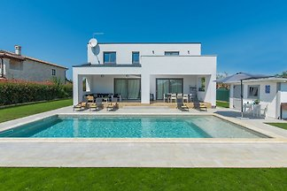 Moderne Luxusvilla für 8 - 10 Personen mit pr...