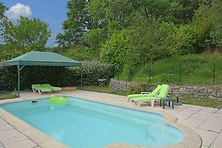 Geräumige Villa mit privatem Pool in Ampus