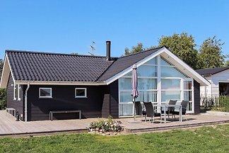 Großzügiges Ferienhaus in Hadsund in...