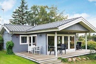Geräumiges Ferienhaus in Karrebæksminde nahe...