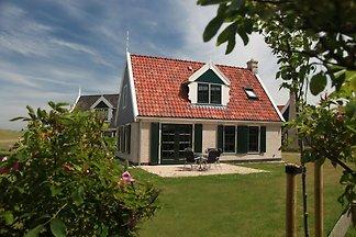 Komfortable Villa im Wieringer-Stil, nahe dem...