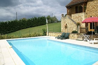 Boutique Holiday Home in Besse with Swimming...