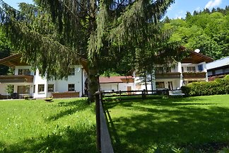 Modernes Ferienhaus in Schonau am Königsee be...