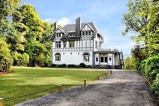 Luxuriöses Ferienhaus in Balmoral mit...