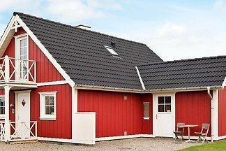 Hübsches Ferienhaus in Brenderup mit Sauna