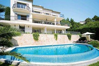 Extravagante Villa in Mandelieu-la-Napoule be...